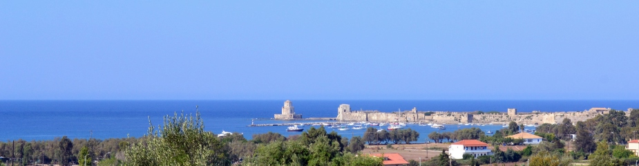 Plot of land M22: Lovely sea & castle views, perfectly located close to the town of Methoni, walking distance to the beach, plot 1,052.83 m², easy access
